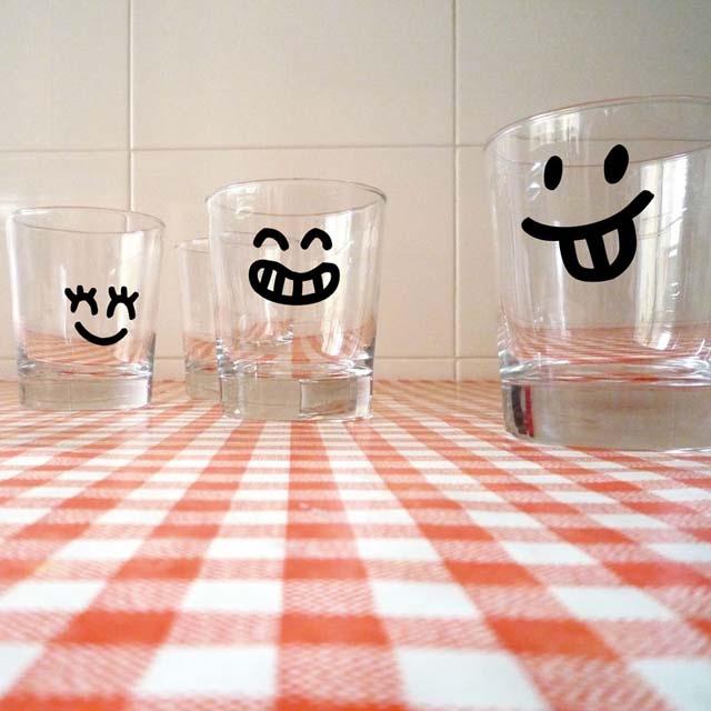 personaliza tus vasos para reuniones, fiestas, o para darle un toque divertido a tu día a día. www.vinildgl.com