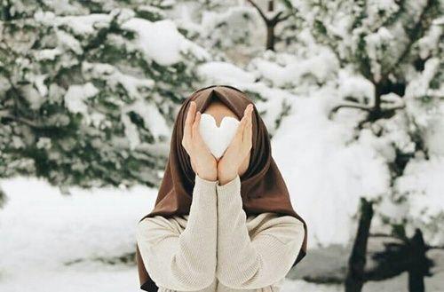 รูปภาพ hijab, heart, and snow