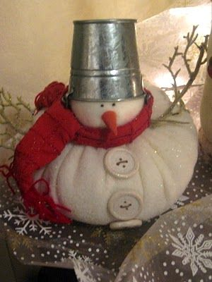 I love the little snowmen.