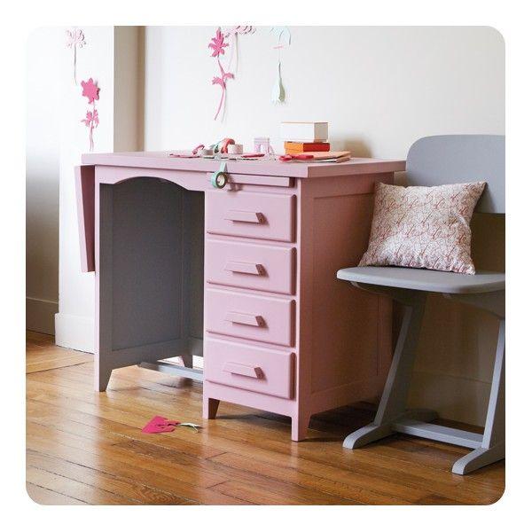 Les 25 meilleures id es concernant repeindre les meubles for Bureau pupitre adulte
