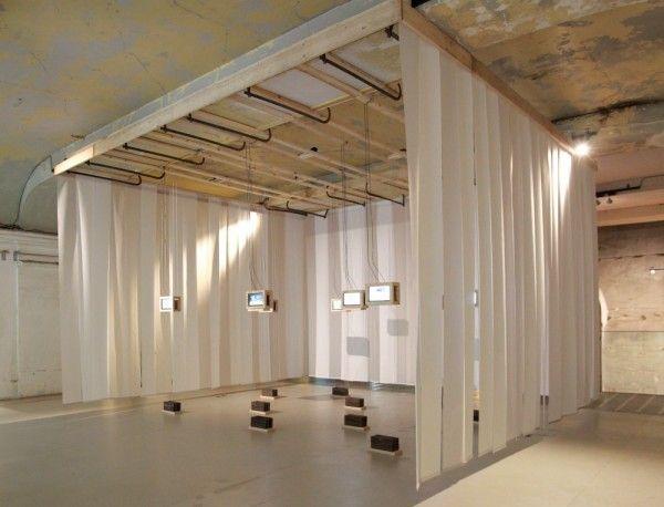 Scénographie de l'exposition In Vitro dans la mezzanine de la Maison de l'architecture en Ile-de-Fran