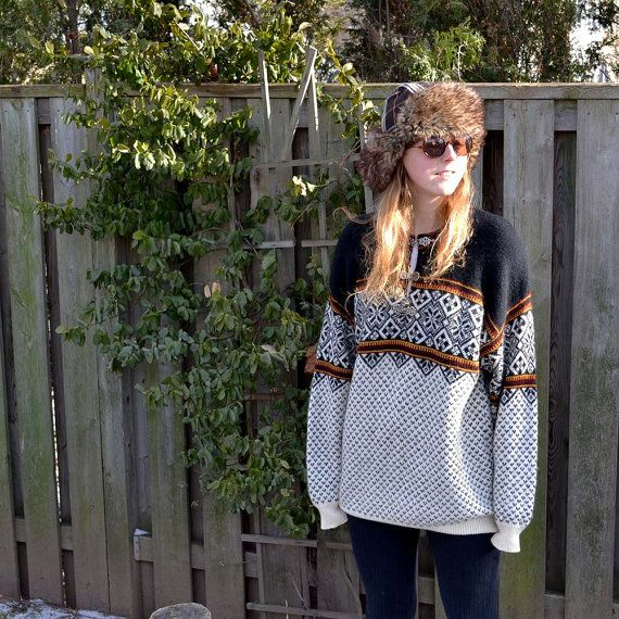 Vintage Norwegian Wool Ski Sweater with Metal by raggedwillow on etsy