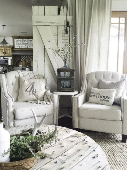 A Farmhouse Summer Home Tour - You have to see this home !