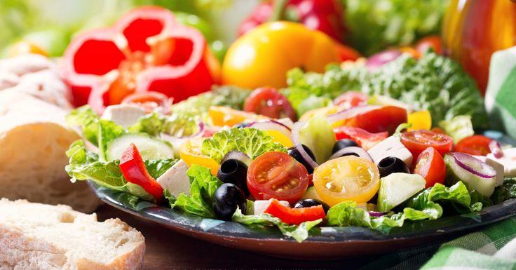 Une recette similaire à celle de la grande chaîne Olive Garden...la salade verte - Recettes - Recettes simples et géniales! - Ma Fourchette - Délicieuses recettes de cuisine, astuces culinaires et plus encore!
