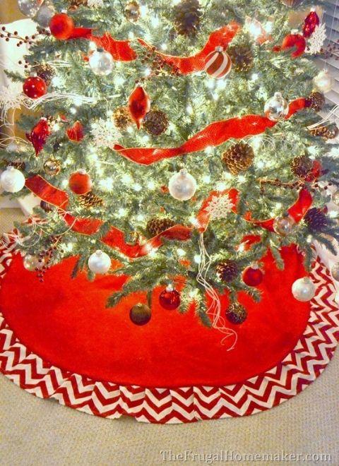 Red & White Chevron Christmas Tree Skirt