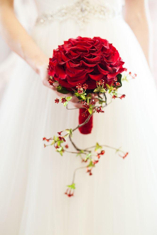 Snow White :: Real Weddings Editorial
