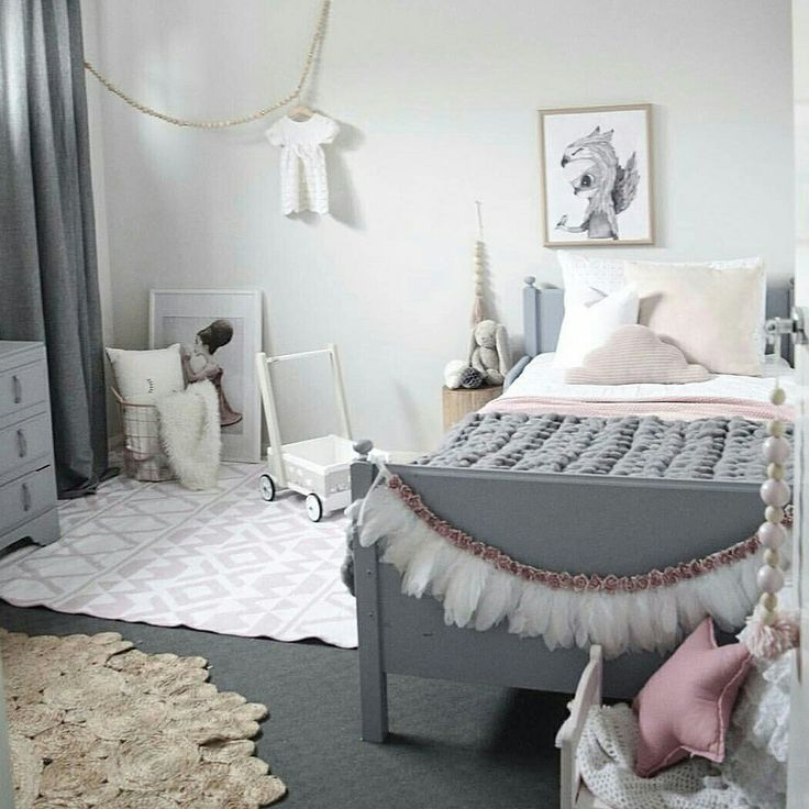 Super chunky wool throw | Grey chunky knit throw | XXL Crochet | Children decor styled by Brooke Castel of The Design Minimalist | heartfromhazel.co.nz