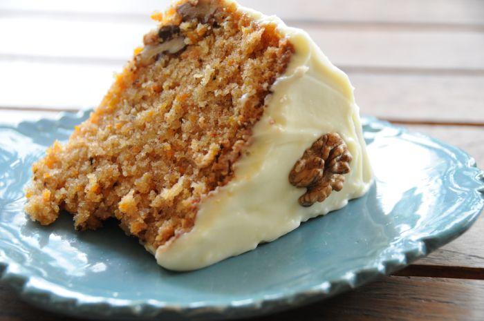 Gâteau aux Carottes et Glaçage au Fromage à la Crème