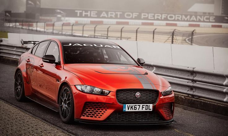"""9,478 aprecieri, 24 comentarii - Jaguar USA (@jaguarusa) pe Instagram: """"Records were meant to be broken. The #XE #SVProject8 achieved a ground-breaking lap time record on…"""""""