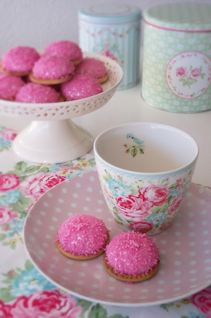Cath Kidston inspired afternoon tea - any excuse will do :)