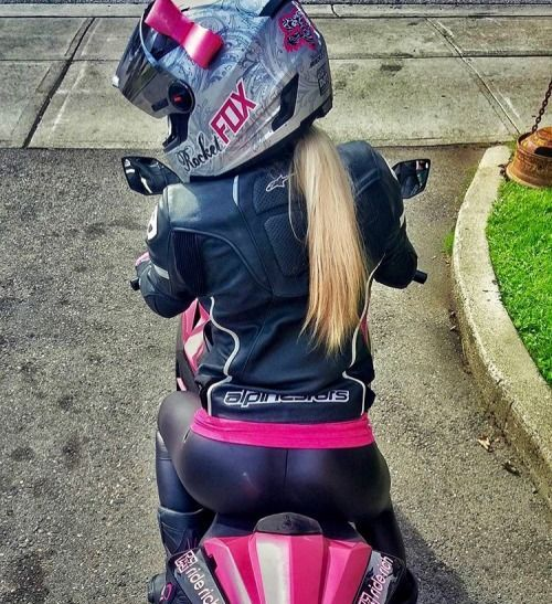 Girls rule boys drool autos y motocicletas pinterest for Gimnasio 9f