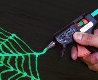 DaveHax kanalı, Cadılar Bayramı'nda aksesuar olsun diye geceleri de parlayan fosforlu örümcek ağı, Cadılar Bayramına Örümcek Ağı Yapımı Video Anlatım DIY