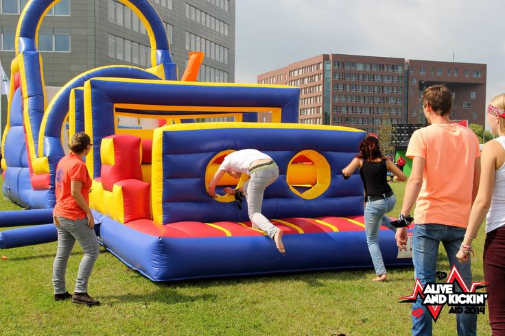 An almost traditional part of the Campus Games during the AID 2014, get as fast as possible through the blow-up-castles!