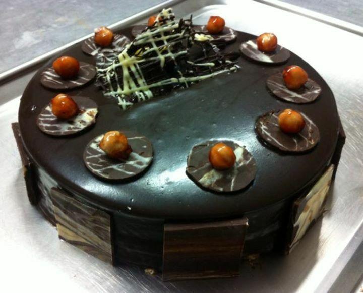 Cake with praline bavaroise