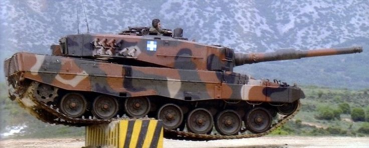 Greek Leopard 2a6 performing it's gymnastics routine (750  302)