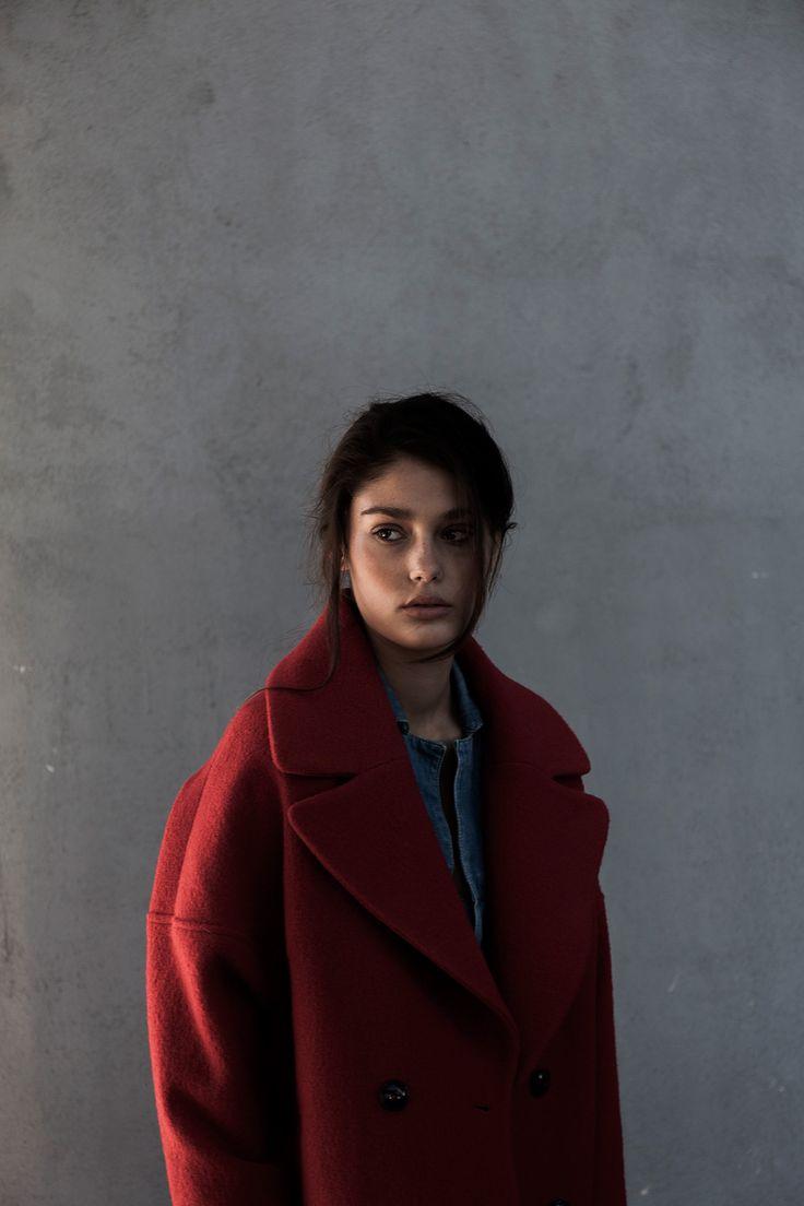 Abel Trujillo fotografía a Inés Mayor de Uno Models con estilismo de María José Castillo para #VEINDIGITAL