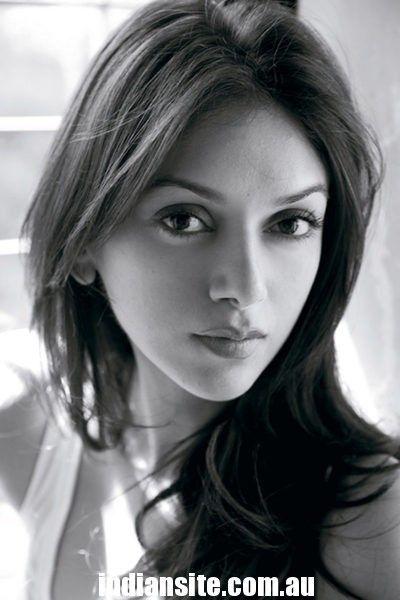 Bollywood Actres Aditi Rao Hydari Hot
