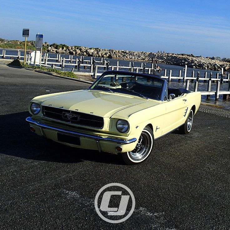 Lee's 1966 #Mustang Convertible looks great.
