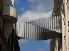 Floral street bridge - Covent Garden, London. Wilkinson Eyre architects (Martin Knight), Buro Happold