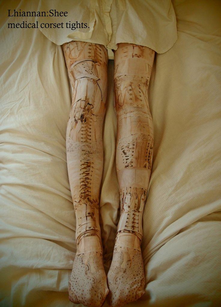 hiannan:Shee「骨服」オリジナルタイツ販売決定。 medical corset tights ¥4,800(税込)