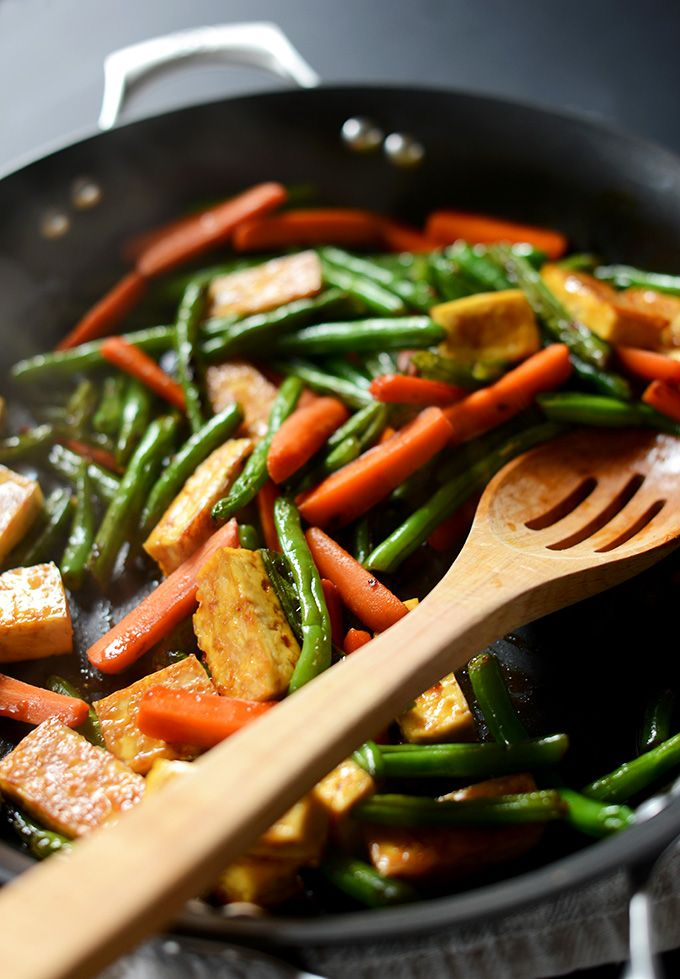 Best Tofu Stir fry - green beans and tofu vegetarian easy asian recipe for stirfry dinner dish!