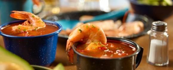 Caldito de camarón  del chef Oropeza!
