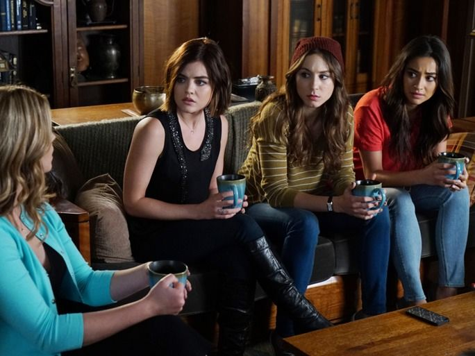 10 'Pretty Little Liars' Theories From Reddit That Could Still Come True & Take Season 6 To A Whole New Level | Bustle
