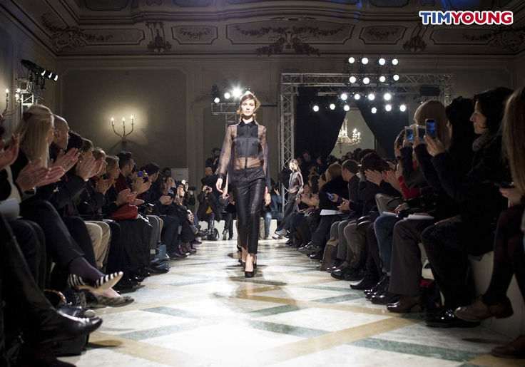 Sfilata Chicca Lualdi BeeQueen #MFW #TIMYoung