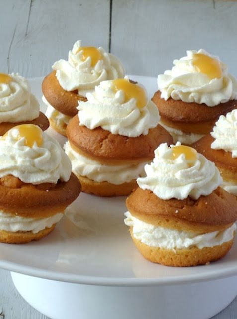 Citroen ricotta taartjes - Laura's Bakery