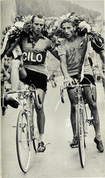 Einer der erfolgreichsten Radrennfahrer der Schweiz ist gegangen. Ferdy Kübler ist am Donnerstag im Alter von 97 Jahren in Zürich verstorben.