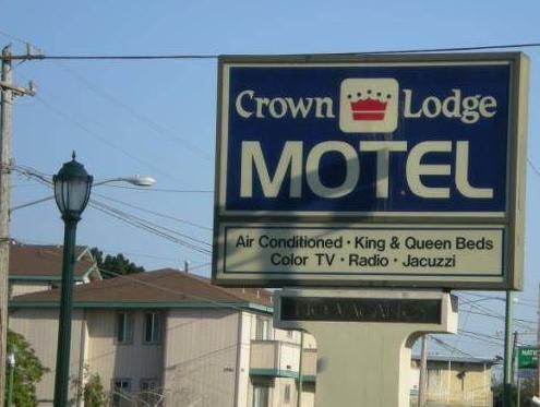 San Francisco (CA) Crown Lodge Motel United States, North America Crown Lodge Motel is conveniently located in the popular Oakland area. The hotel has everything you need for a comfortable stay. Free Wi-Fi in all rooms, facilities for disabled guests, family room are just some of the facilities on offer. Guestrooms are fitted with all the amenities you need for a good night's sleep. In some of the rooms, guests can find air conditioning, telephone, television, shower, bathtub....