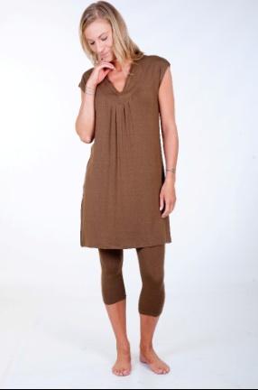 Bamboo yoga pants capri are a wardrobe essential. Short ...