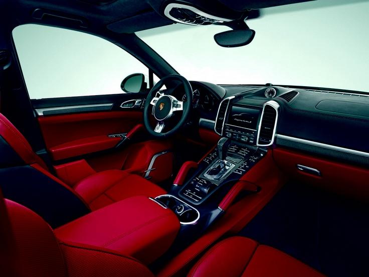 Porsche Cayenne Turbo S Interni