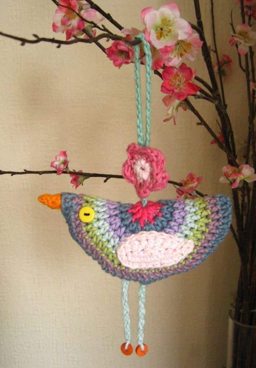 another bird from attic 24 with instructions. I think this would be CUTE in red or green and silver or blue and gold for Christmas and with bells hanging from the feet!