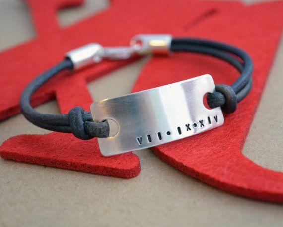 Bracelet masculin chiffre romain XL  par ThoughtBlossoms sur Etsy
