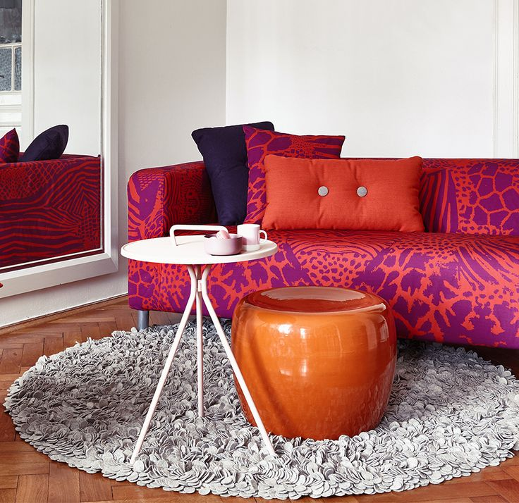 ARTEFLY Ikea Klippan cover THANKS - interior styling / living room styling with animal print in rich pink and red colors  #artefly #klippan #sofa #cover #slipcover #ikea #cotton #throw #couch #2seater #seater #design #homedecor #interior #pattern #pillow #cushion