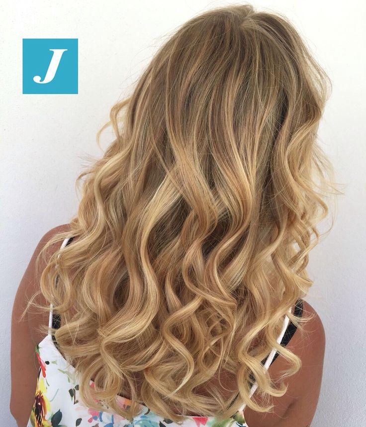 Scegli anche tu il tuo Degradé Joelle! #cdj #degradejoelle #tagliopuntearia #degradé #igers #musthave #hair #hairstyle #haircolour #longhair #ootd #hairfashion #madeinitaly #wellastudionyc