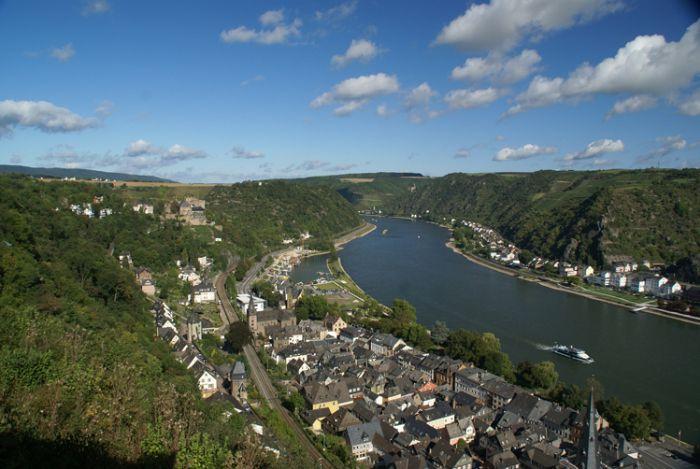 St. Goar im oberen Mittelrheintal: Burgenblogger? Ja, da simmer dabei! http://ausgelatschte-schuhe.de/burgenblogger-mittelrhein/