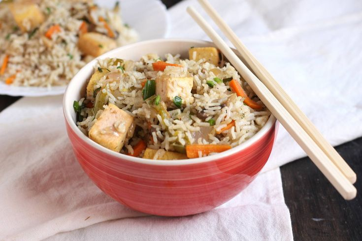 टफ फरइड रइस - Tofu Fried Rice (Recipe In Hindi)