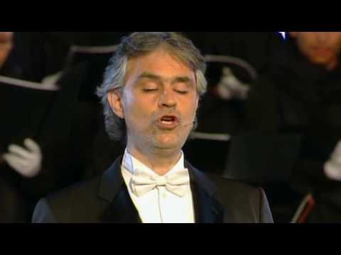 ANDREA BOCELLI - AVE MARIA (SCHUBERT). Beautiful for a walk down the aisle song