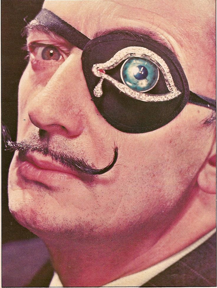 Salvador Dali Eyepiece, Photo by Phillipe Halsman for SHOW MAGAZINE JUNE 1970