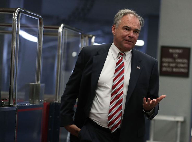 First Reason To Not Trust Tim Kaine: He's A Bandwagon College Basketball Fan For One Of His Alma Mater's Rivals - http://viralfeels.com/life/first-reason-to-not-trust-tim-kaine-hes-a-bandwagon-college-basketball-fan-for-one-of-his-alma-maters-rivals/