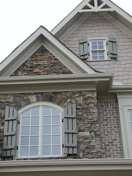 25 Best Ideas About Brick Siding On Pinterest Siding Cost Brick Cost And White Washed Fireplace