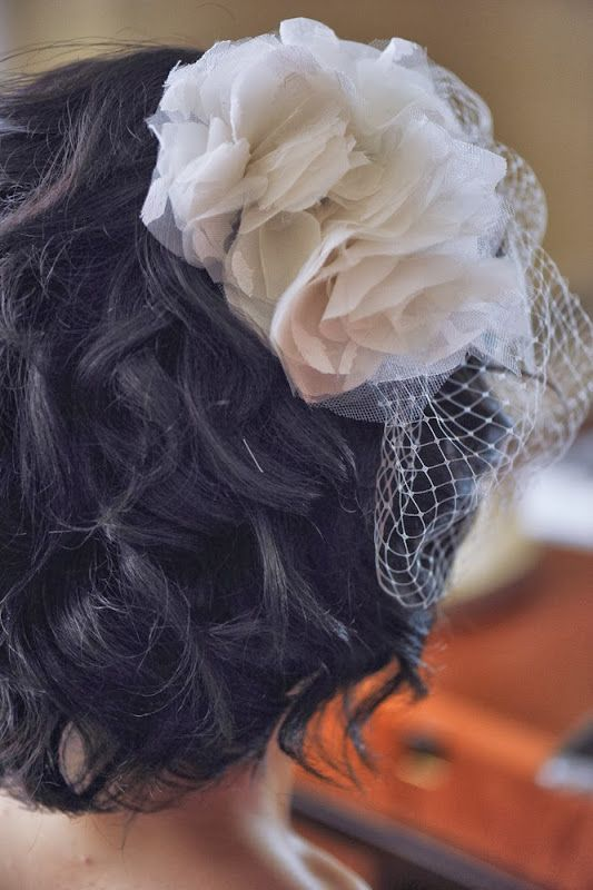 Wedding DIY Birdcage Veil with Flowers (detail shot)
