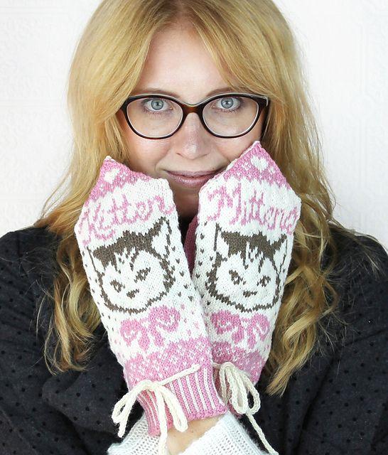 The 25+ best Kitten mittens ideas on Pinterest | DIY knitting ...