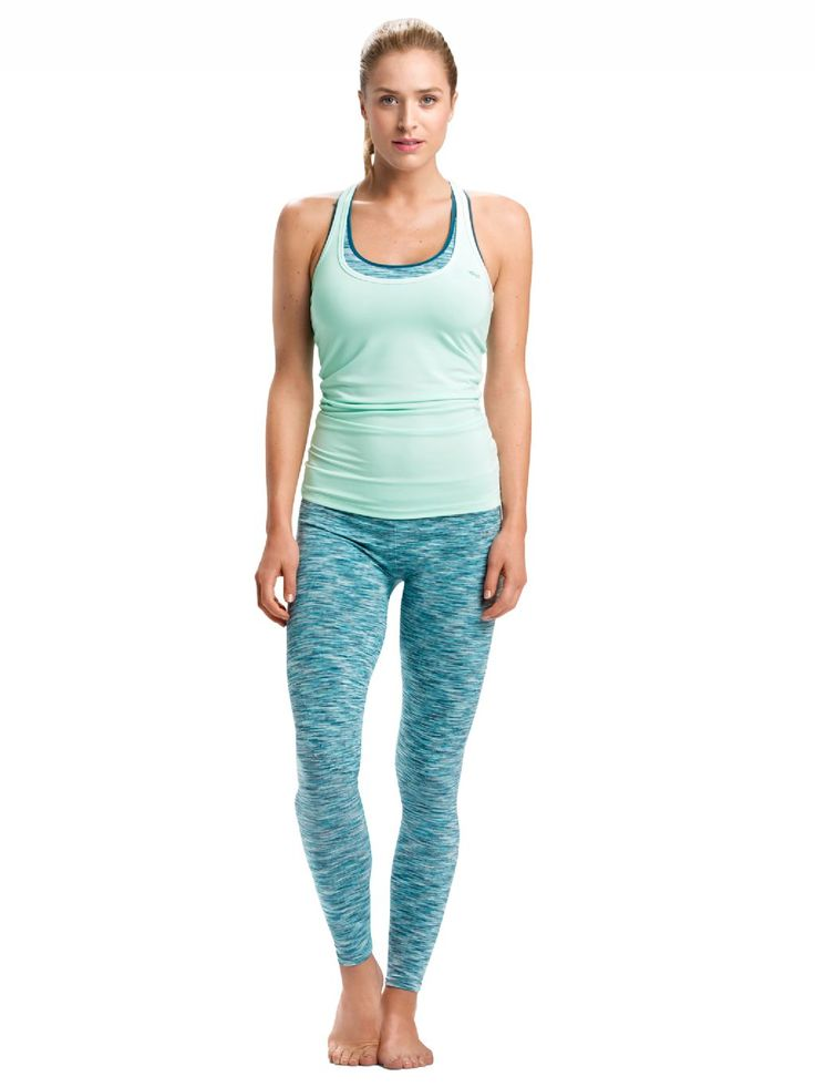 Módna mentolové modrá alebo Ice mint. Športové oblečenie na jogu nájdete tu: http://rohnisch.sk/collections/oblecenie-joga