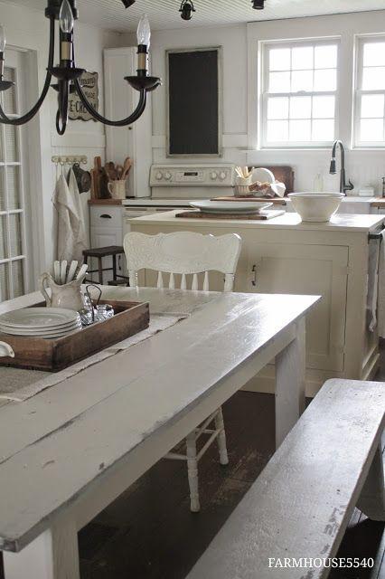 Farmhouse Friday ~ Farmhouse Kitchen