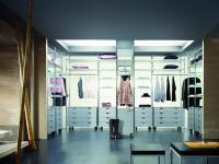 Garderoba im większa, tym lepsza. Pytanie jak ją urządzić, by była pojemna i funkcjonalna?