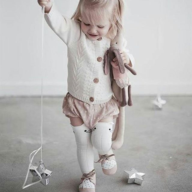 Jamie Kay Kitty Socks are proving to be so so popular with you all! I just know they will be one of our biggest sellers this Autumn 🍁 Please make sure to sign up on our website to find out when we launch , and you won't miss out on these beautiful socks for your little babes  #NouvelleBaba #JamieKay  #babyfashion #kidsfashion #fallfashion #flashesofdelight #irishbusiness #mycreativebiz #smallbusinesslove