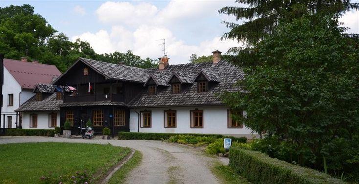 Targowiska - Dwór Gołaszewskich.